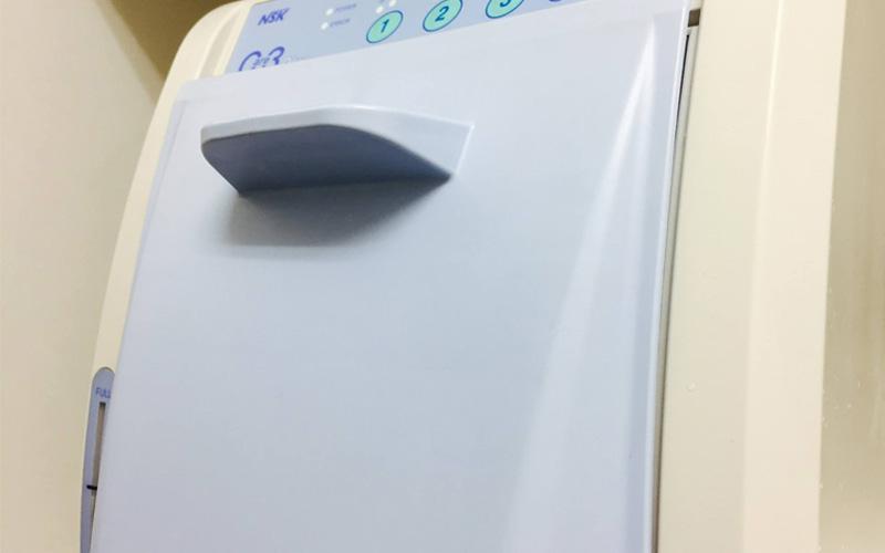 ケア3(タービン、ハンドピースの自動洗浄・注油システム)